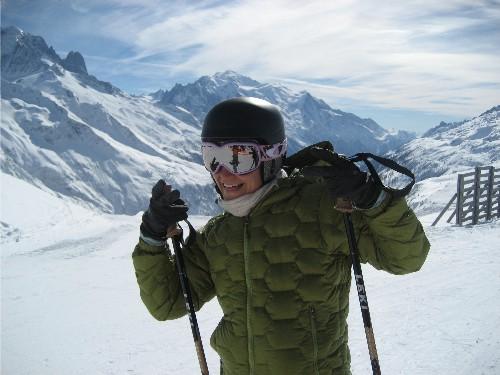 Traci Macnamara skiing Vallorcine