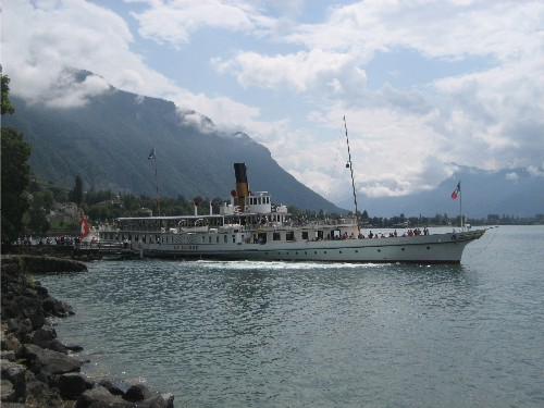 Boat on Geneva