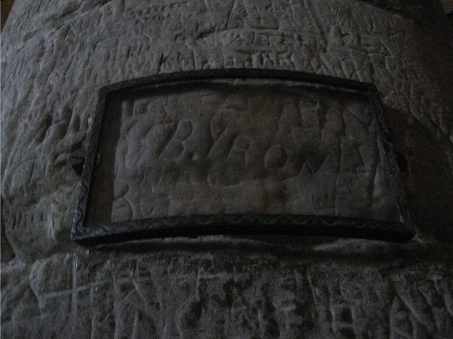 Byrons name at chillon